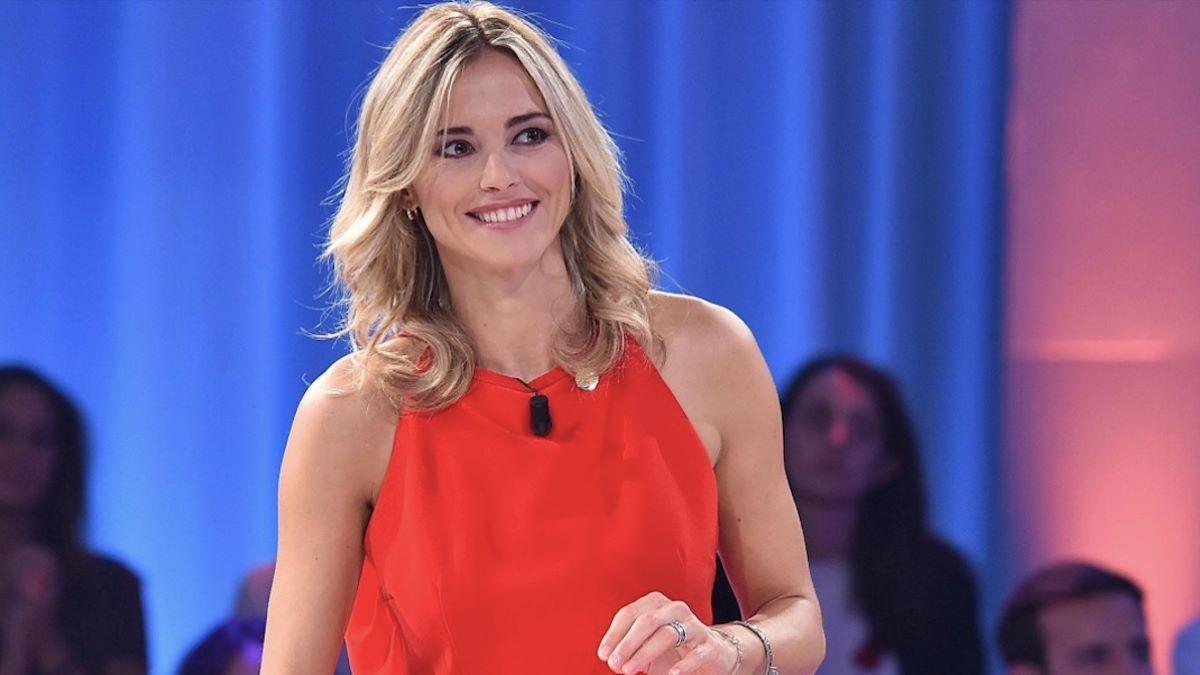 """""""Il momento sta per arrivare"""". Francesca Fialdini fa sul serio, arriva la bomba sulla giornalista"""