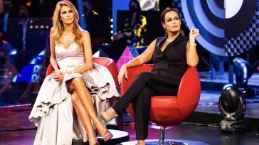 """""""Sei perfida!"""". Sonia Bruganelli, la foto che fa infuriare Adriana Volpe: """"Guardate chi ho incontrato a cena"""""""