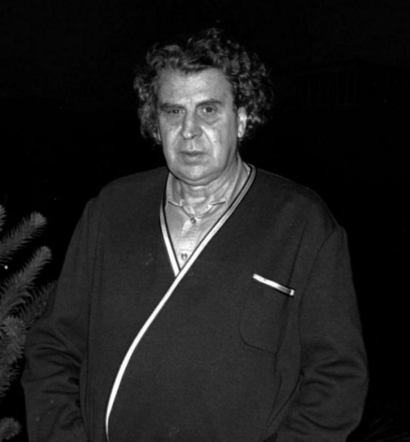 ミキス・テオドラキスは96歳で亡くなりました