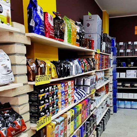 caffeina-store-punto-vendita-carvico-7
