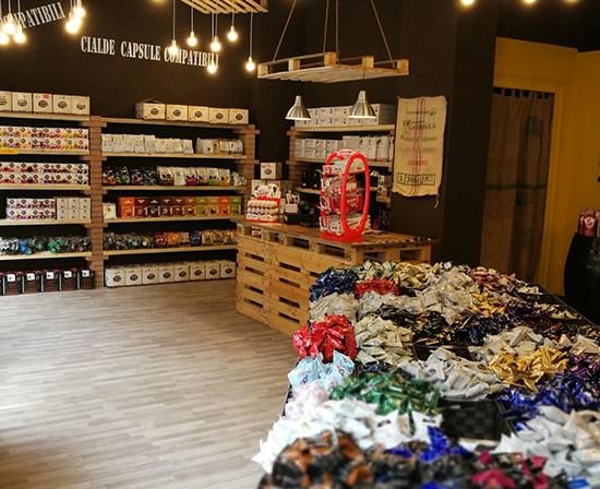 caffeina-store-punto-vendita-moncalieri-thumb-4