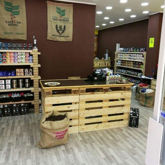caffeina-store-punto-vendita-torino-via-breglio-4