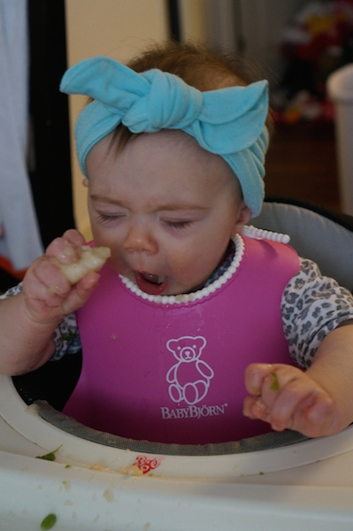 baby led weaning, pears
