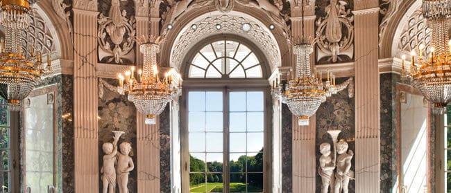 Kronleuchter, Goldmalerei, Statuen und anderen Pomp - all das verwaltet die Stiftung Schloss und Park Benrath jetzt mit Communal FM