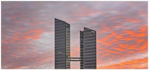 Spannender Programmpunkt: Die Teilnehmer am Future Lab besichtigen auch das IBM Watson IoT in den Münchener HighLight Towers - Foto: Rainer Viertlböck /IBM