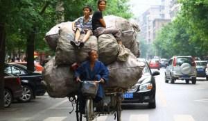 Dalle biciclette ai cimiteri: tutte le tasse che sogna il Pd