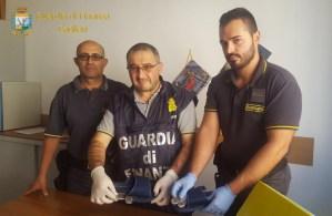 Cagliari. Sequestrata droga nascosta nelle ciabatte