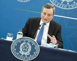Tre date per l'addio al coprifuoco: le decisioni del Governo