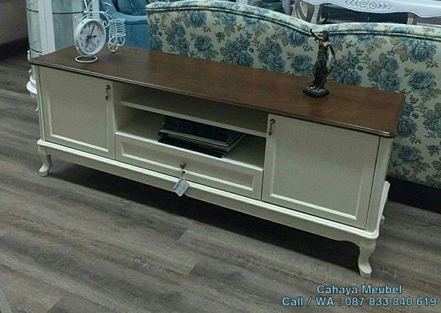 Meja Tv Putih Minimalis