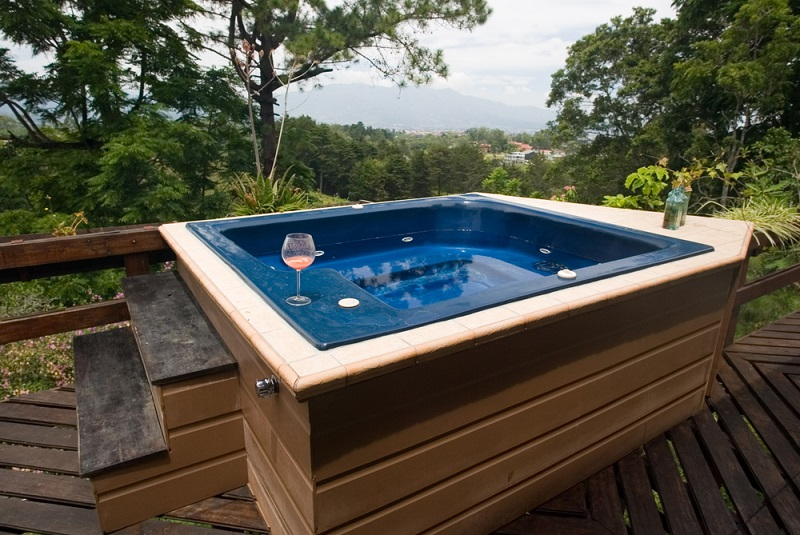 Buying Hot Tubs in South Bay