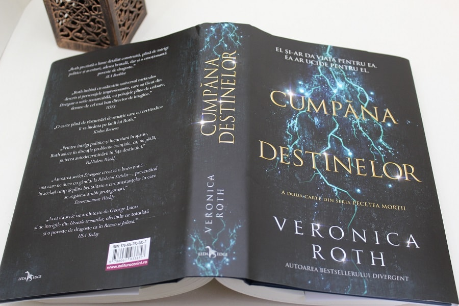 Cumpăna destinelor Veronica Roth