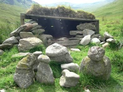 high nam cailleach - the house of the Caillaech a form of Animist shrine?