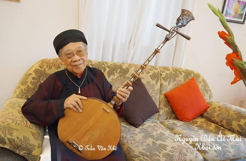 Great master of Vietnamese traditional music Tran Van Khe passed away