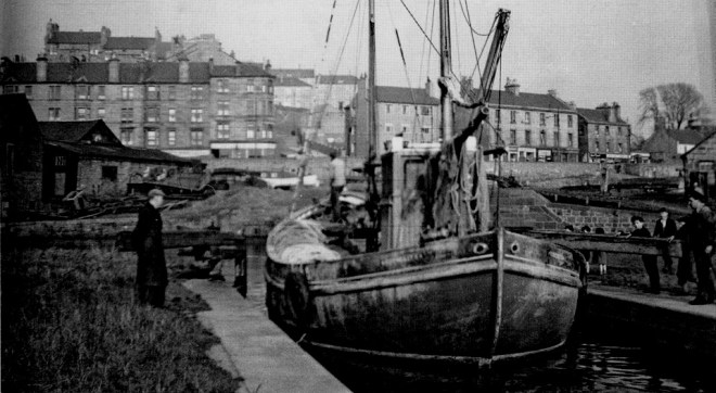 A fishing boat on the canal parked in Maryhill, Glasgow