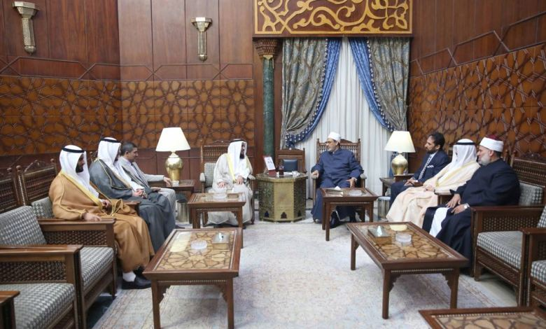 شيخ الأزهر مع وفد وزارة الأوقاف الكويتية