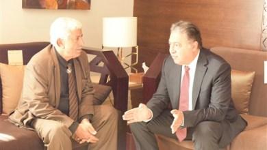 وزير الصحة مع نظيرة اليمني