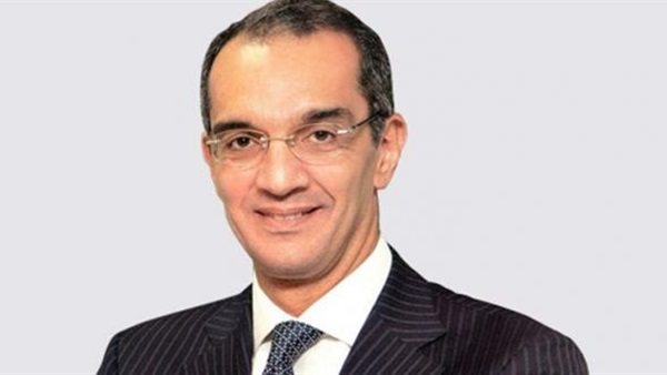 الدكتور عمرو طلعت