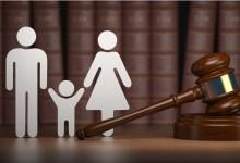 """Photo of """"محكمة الأسرة ونفقات الصغار"""".. محامون: لا يجوز التنازل عن النفقة ويمكن رفعها حال الحياة الزوجية"""