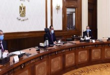 """رئيس الوزراء يعقد اجتماعا لمتابعة تطوير الشبكات الكهربائية لقرى """"حياة كريمة"""""""