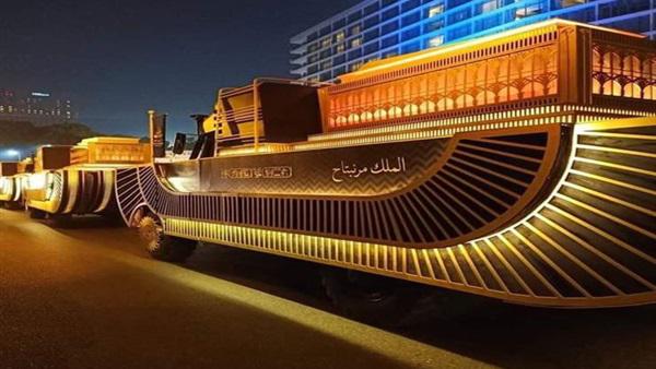 """نقل المومياوات الملكية.. """"المرأة المعيلة"""": مصر اليوم في عيد"""