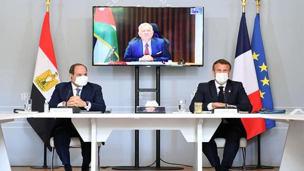 الرئيس السيسي: لا بديل عن إقامة دولة فلسطينية