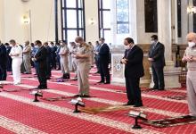 الرئيس السيسي يؤدي صلاة عيد الفطر بمسجد الماسة في العلمين.. بالتفاصيل