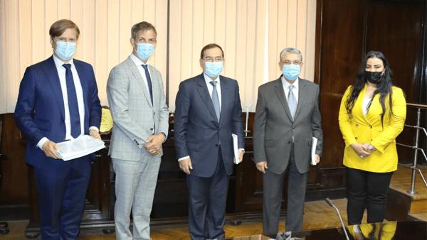 الانتهاء من دراسة جدوى مشروع إنتاج الهيدروجين الأخضر في مصر