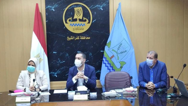 نائب محافظ كفر الشيخ يعقد اجتماعًا لدراسة تخطيط وتطوير شبكة الطرق