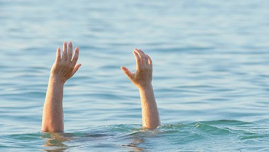 مصرع طفلين غرقًا أثناء الاستحمام في مياه البحر المتوسط بكفر الشيخ