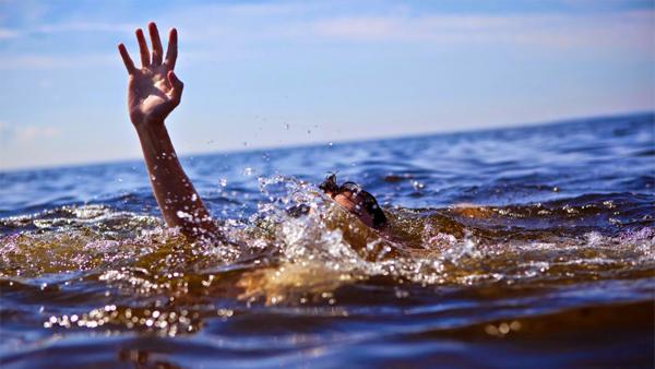 مصرع شاب غرقا أثناء استحمامه في مصيف مطوبس