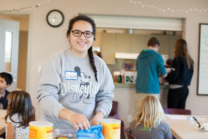 2014-12-23 TLT Youth Volunteers-57