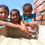 Más de 260,000 peruanos de zonas rurales accederán a agua y saneamiento en 2020