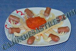 receta collares espaguetis y salchichas