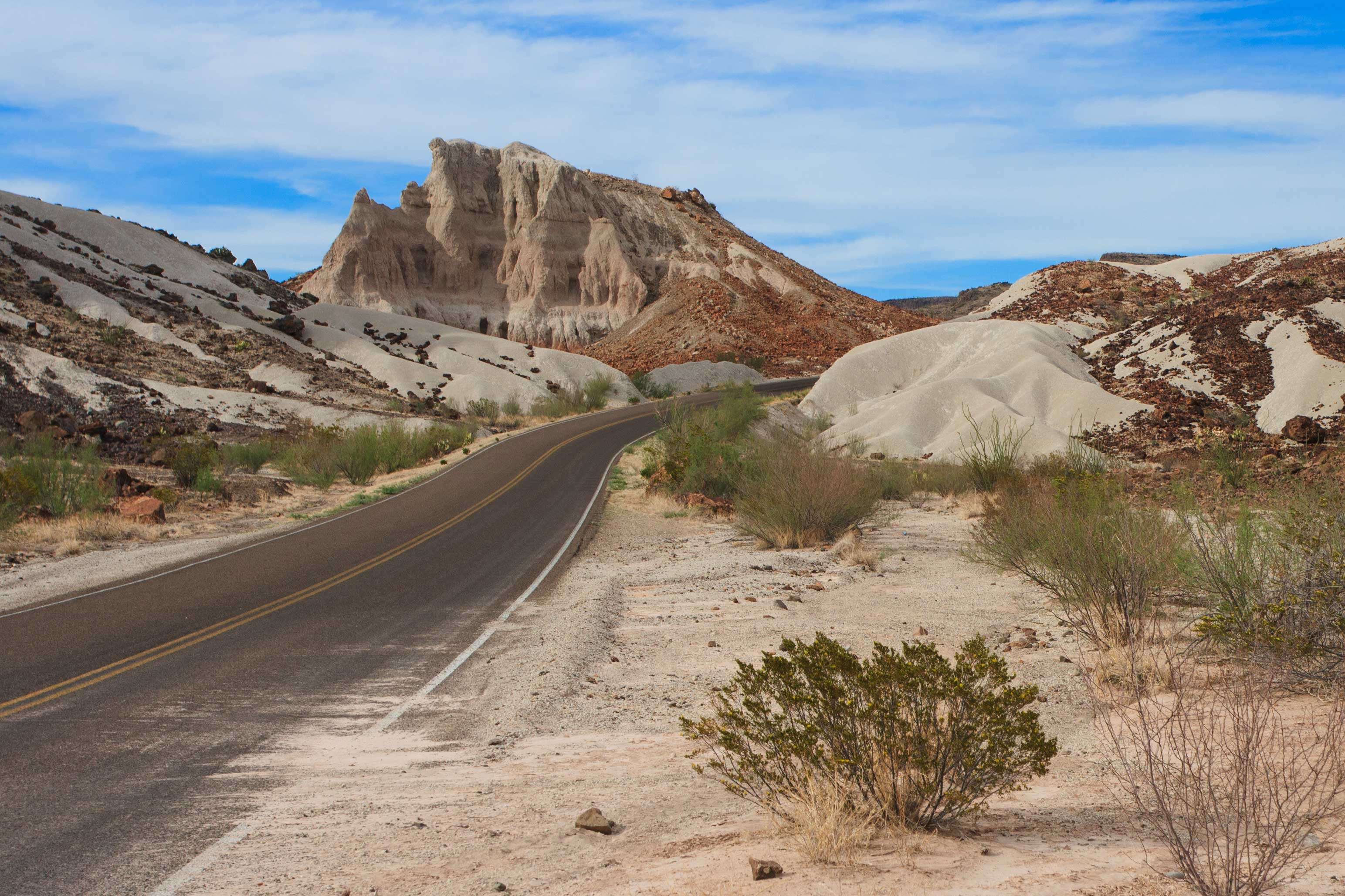 Driving North on the Ross Maxwell Scenic Drive after visiting the Santa Elena Canyon via the Old Maverick Trail; traveling back to the Chisos Mountains Lodge for the evening.