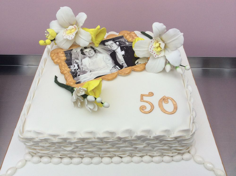 Gold Wedding Anniversary Cake
