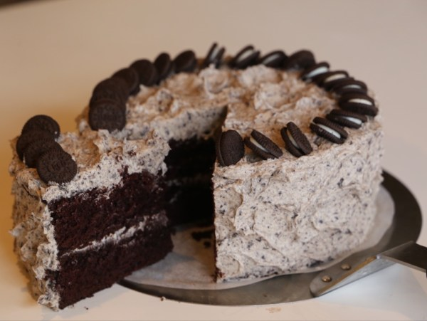 Cookies n Cream Chocolate Cake