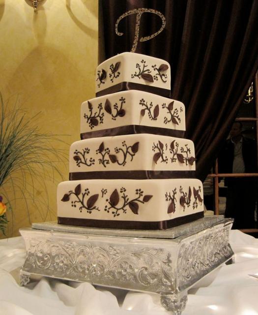 Elegant Four Tier Rectangular Wedding Cake With Crystal