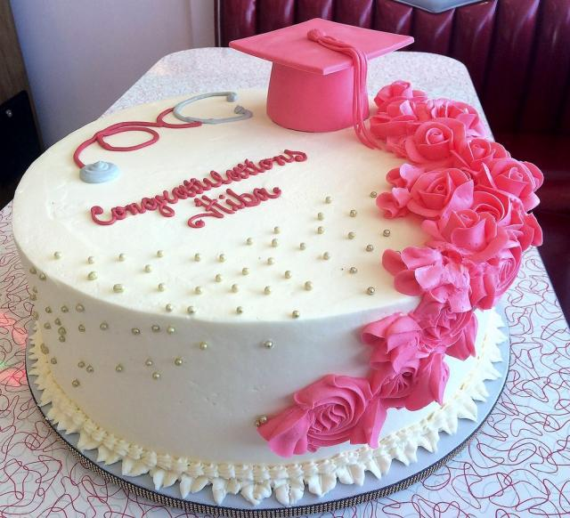 Graduation Cake With Pink Cap Amp Flowers Amp Stethoscope For