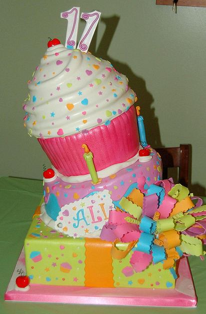 3 Tier Birthday Cake For 11 Year Old With Giant Cupcake On