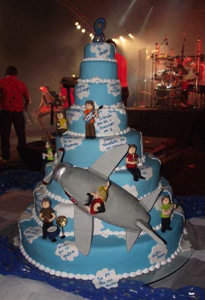 8 Tier Rock N Roll Band CakeJPG