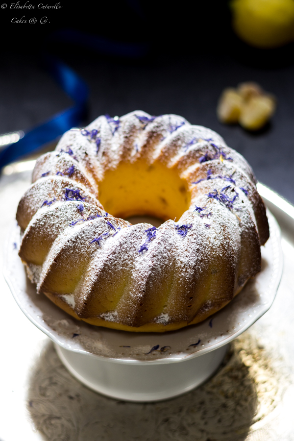 La ciambella limone e zenzero candito, golosa morbida e dal gusto sorprendente (tratta da una ricetta di Martha Steward