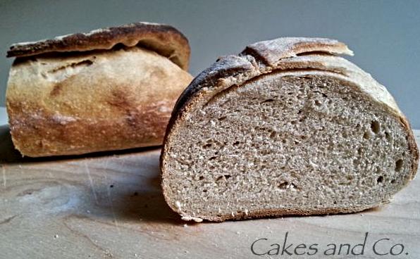 Pane semi integrale con pasta madre