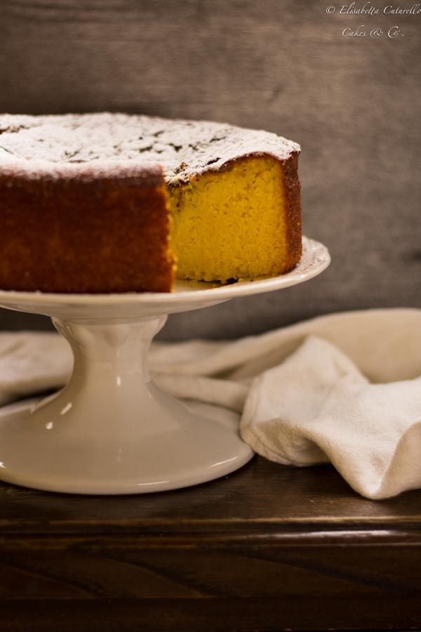 Torta di mais e farina di mais bramata Bolo de fubà