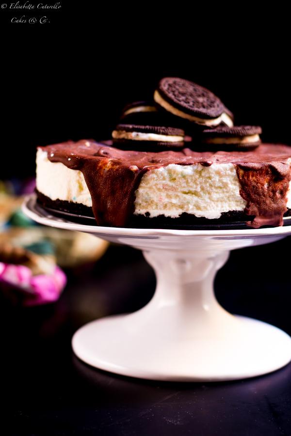 Torta oreo cheesecake con popping candy