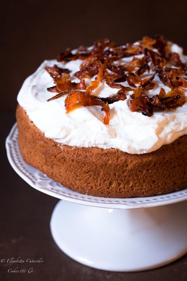 torta con gli scarti dell'estrattore e carote caramellate
