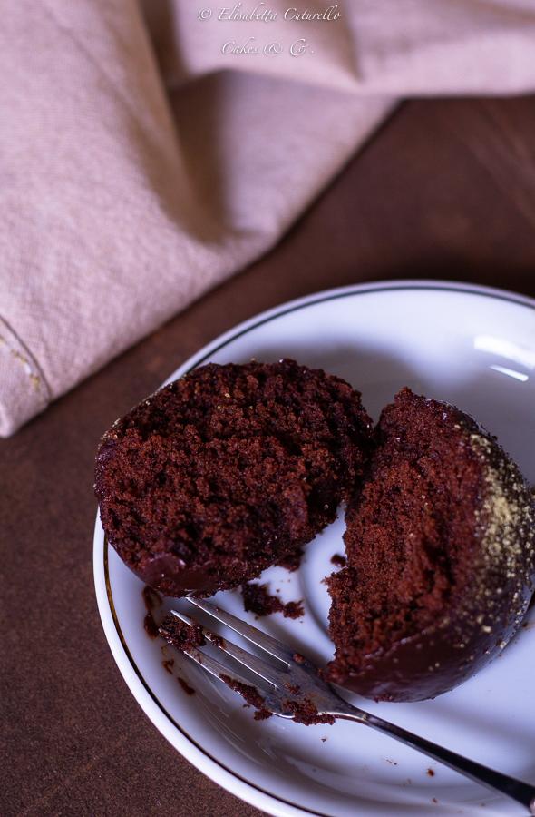 Tortine alla panna e cacao con copertura al cioccolato fondente