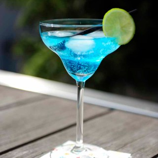 Caribbean Blue cocktail with Blue curaçao for Cocktail Friday