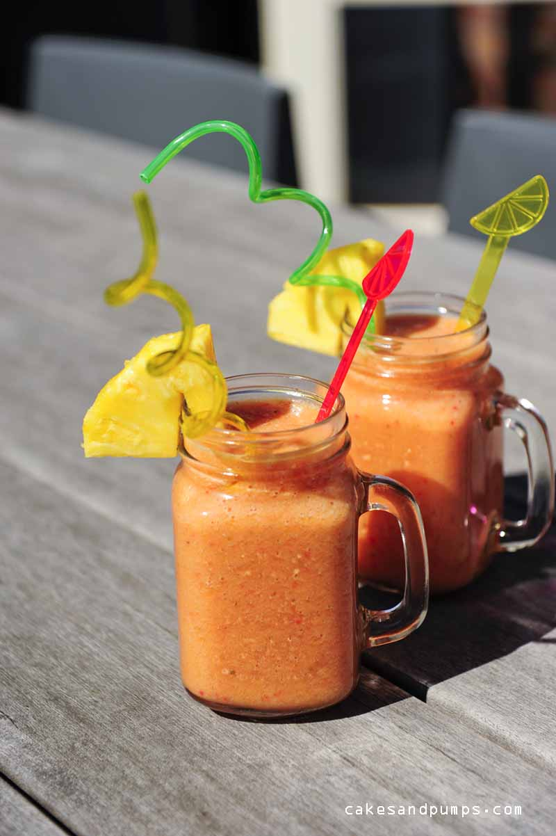 Mango Pineapple strawberry smoothie