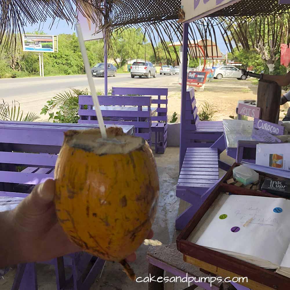 Groeten en Fruit, Curacao - heerlijke cocosdrank