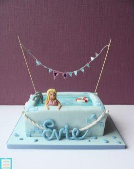 Evies Swimming pool cake